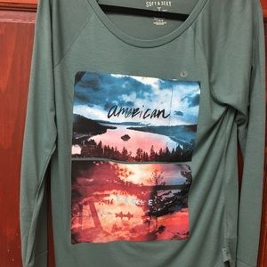 Brand new long sleeve American Eagle shirt